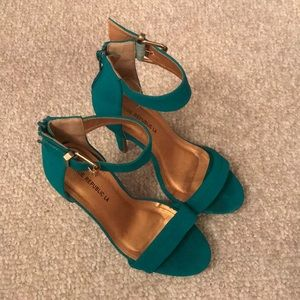 Blue/turquoise high heels